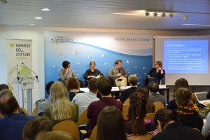 """Press briefing with the authors of the study """"Places of Safety in the Mediterranean: The EU's Policy of Outsourcing Responsibility"""", Prof. Dr. Anuscheh Farahat and Prof. Dr. Nora Markard."""